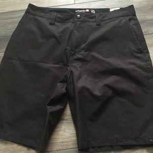 Men's Quiksilver shorts
